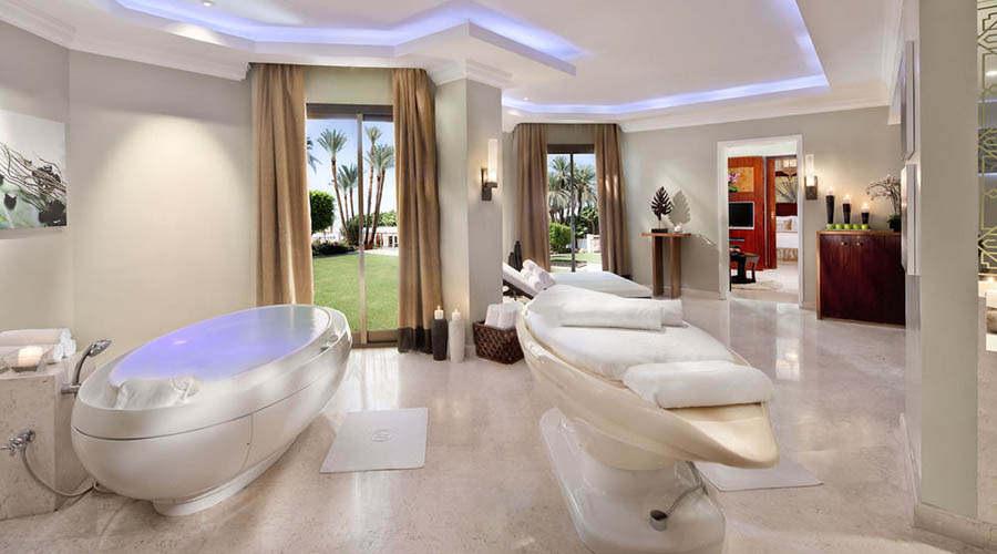 Hilton Luxor Resort Spa