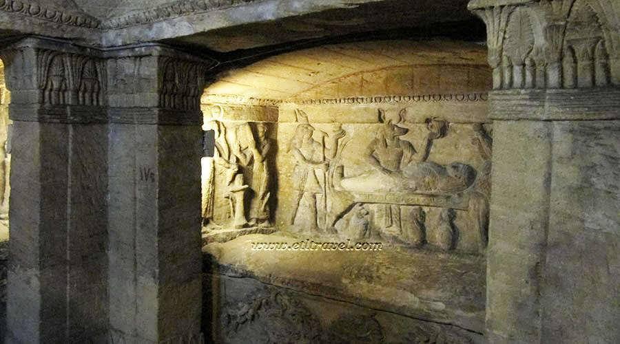 how-a-donkey-discovered-catacombs-of-kom-el-shoqafa-accidentally-in-1900-रहस्यमयी दुनिया