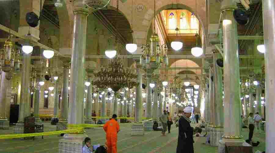 Al Hussein mosque Cairo