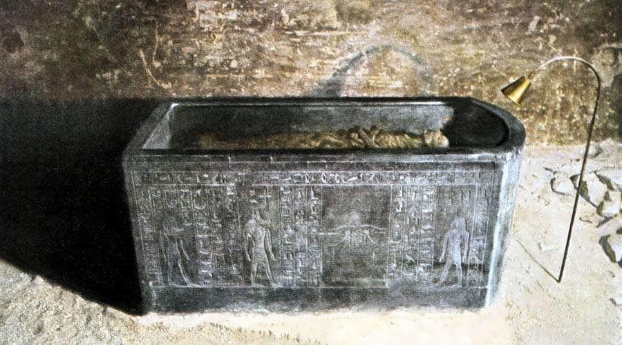 Amenhotep II tomb Luxor