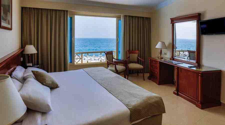 Sunrise Alex Avenue hotel