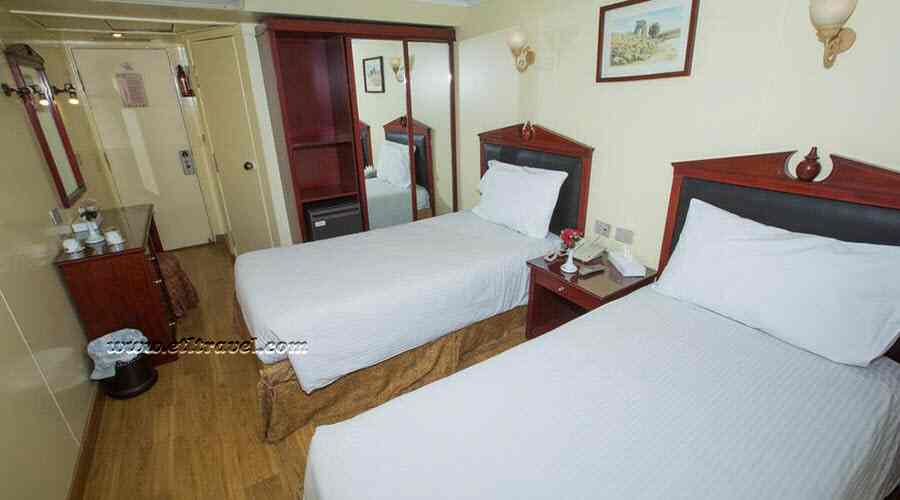 Tarot Nile cruise