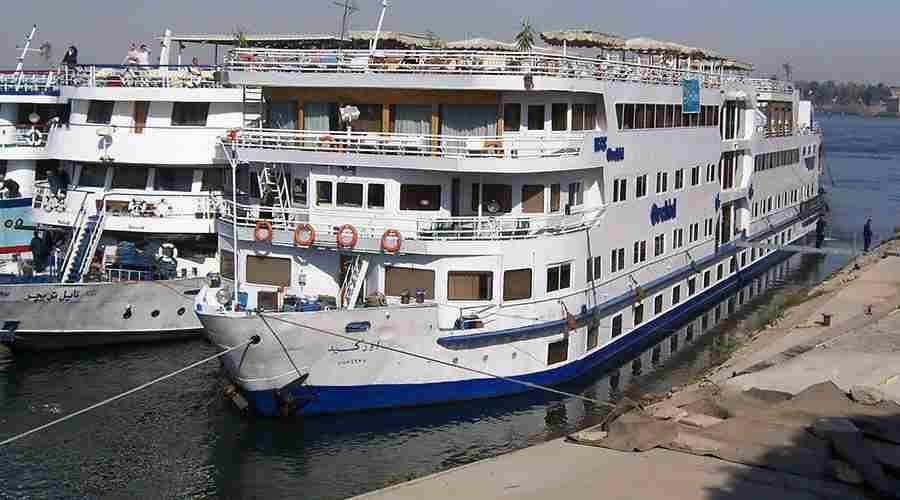 Cairo Fayoum Nile cruise tour