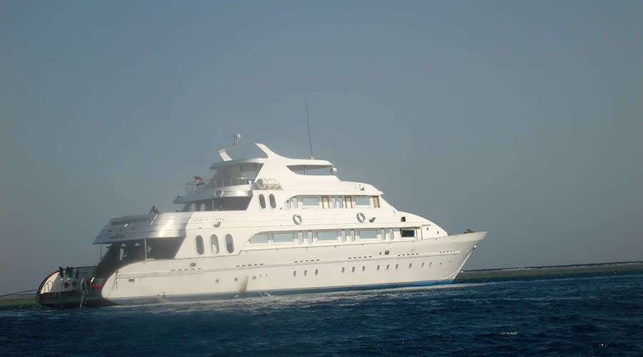 Hurghada cruise diving tour