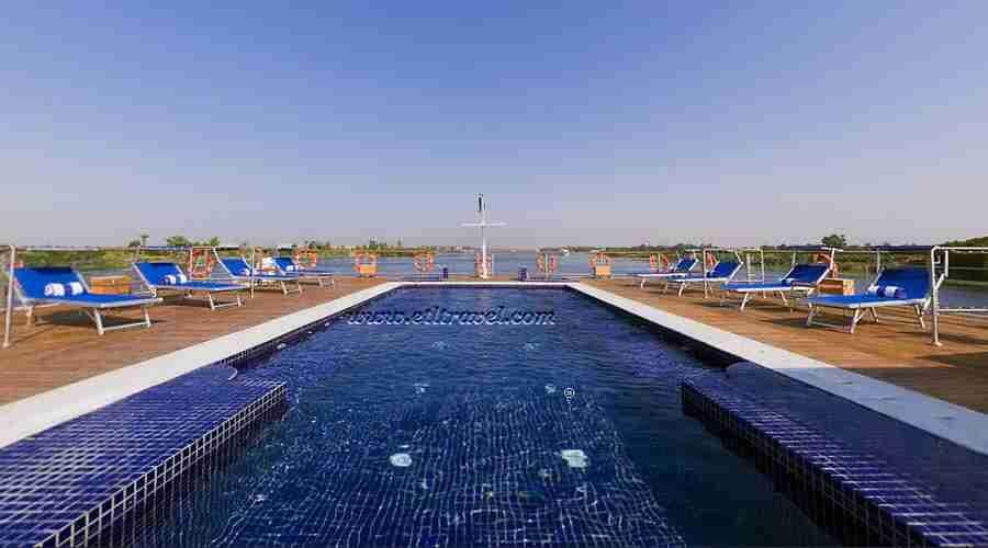 Nile cruise tours from Australia