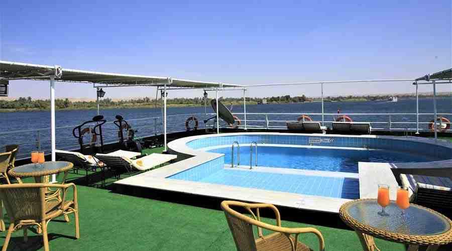 Imperial Nile cruise