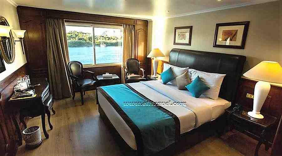 La Sarah Nile cruise