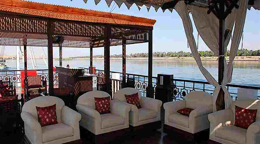 Judi Nile dahabiya Egypt