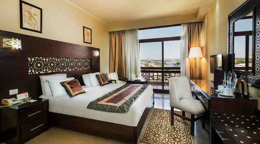Pyramisa Isis Island Nile view single room